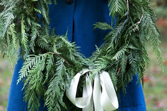 Diy Cedar Branch Wreath Craftsmile
