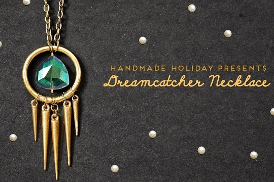 Handmade holiday presents: DIY dreamcatcher-inspired necklace