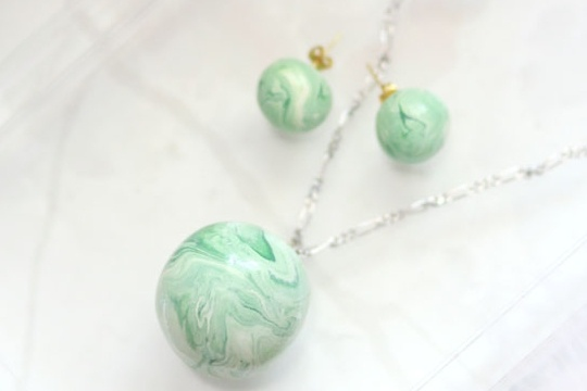 DIY marble jade earrings and pendant necklace