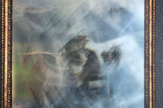 DIY Ghost Mirror Halloween Project