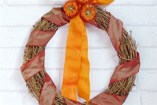 Make A Simple Autumn Wreath Crafty October Day 1