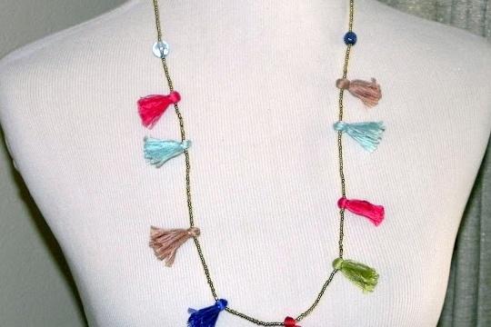 Smart n snazzy: DIY bead n tassel necklace
