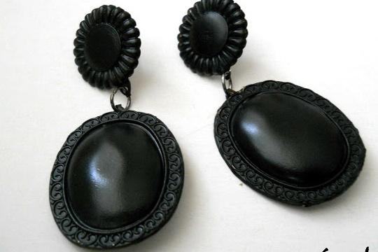 DIY fancy earrings