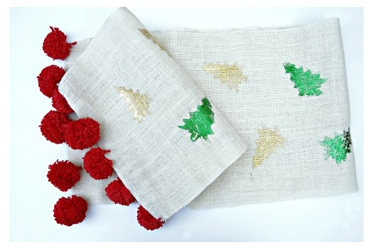 DIY A Festive Table Runner with Decofoil