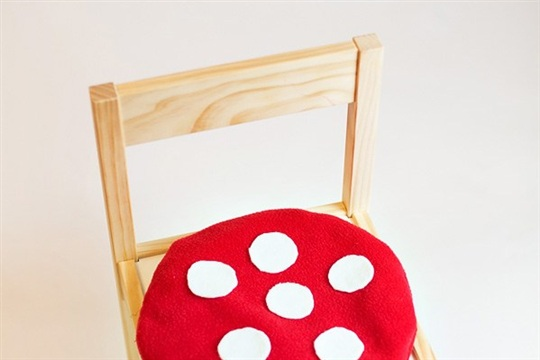 DIY Tutorial Toadstool Chair Cushions