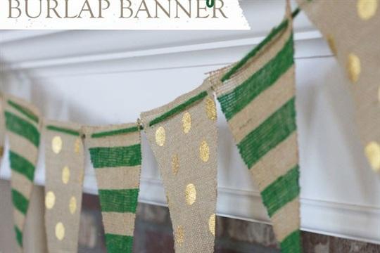Painted Burlap Banner St. Patrick's Day Decor landeelu.com