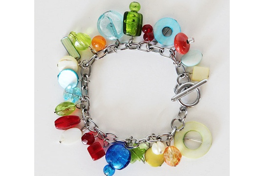 Dare to give home made: jewel toned bracelet