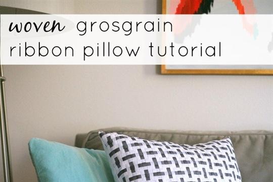 A very cool woven ribbon pillow DIY