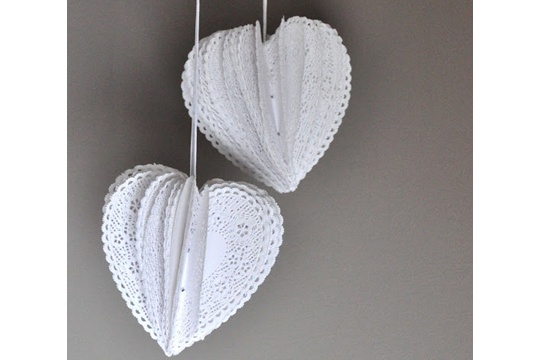 Heart Doily Poms (Tutorial)