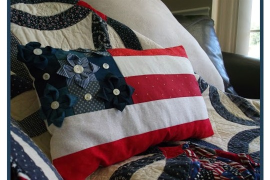 ASG in the SLC Red White & Bloom! Patriotic Pillow Tutorial