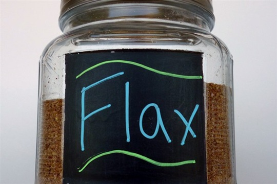 Chalkboard Jars for Easy Kitchen Storage