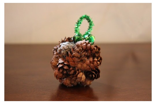Pine Cone Ornament DIY