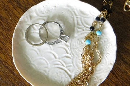 How to Make a DIY Jewelry Dish