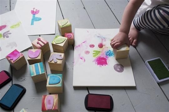 Mer Mag | DIY Flower Stamps - Mer Mag