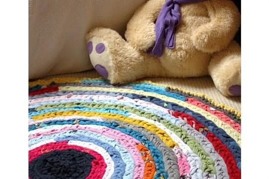 Colourful Rag Rug Tutorial