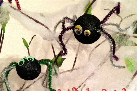Spider Craft in 5 minutes or Less