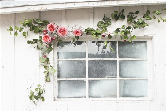 How to Make a Rose Wedding Garland