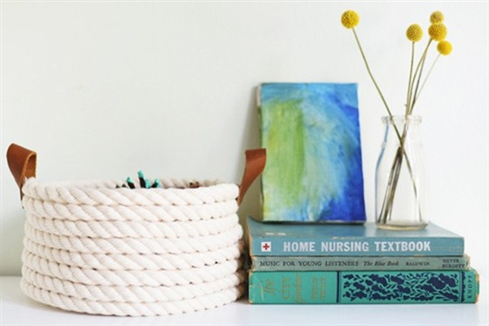 DIY Rope Basket to Keep You Organized