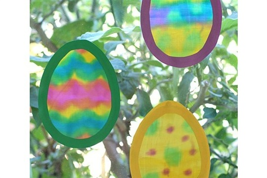 Easter Crafts Egg Suncatchers Made with Painted Fabric