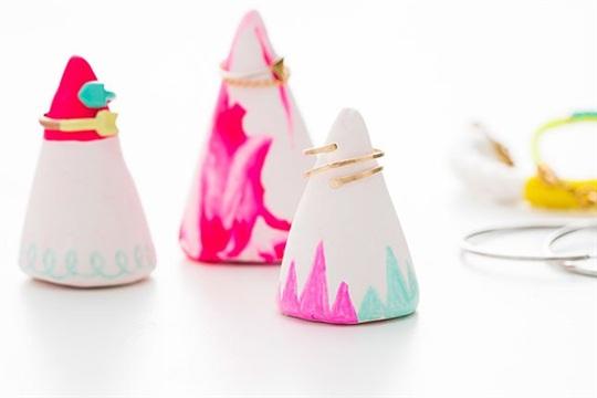 DIY Sculpey Ring Holders FTW!