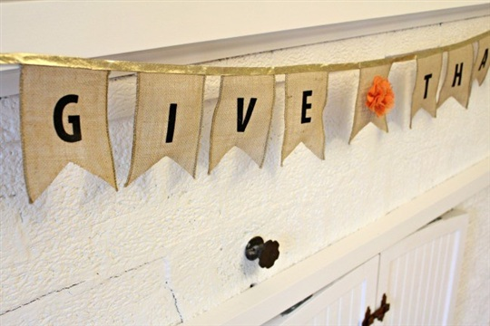Easy Thanksgiving Burlap Banner View From The FridgeView From The Fridge