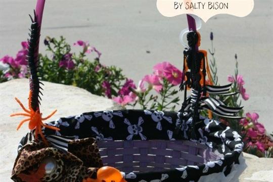 DIY Halloween Trick or Treat Basket
