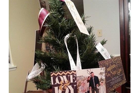 DIY Tree Holiday Card Display