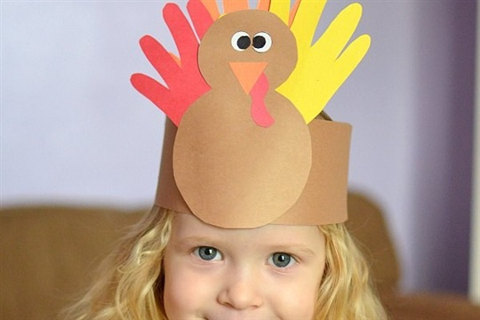 Thanksgiving Kids Craft Handprint Turkey Crown