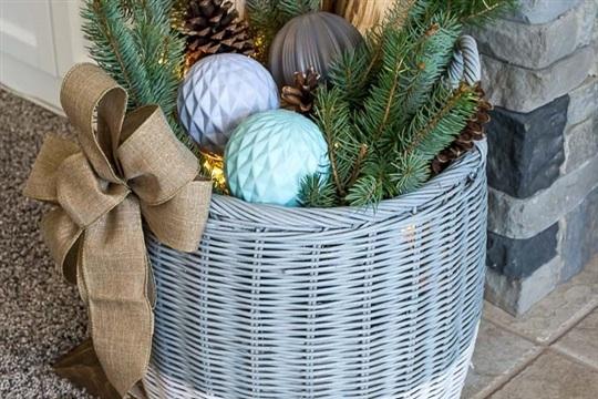 Winter Woodland Basket with Lights
