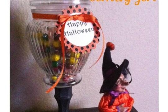 Halloween Handmade Gift Idea {DIY Candy Jar}